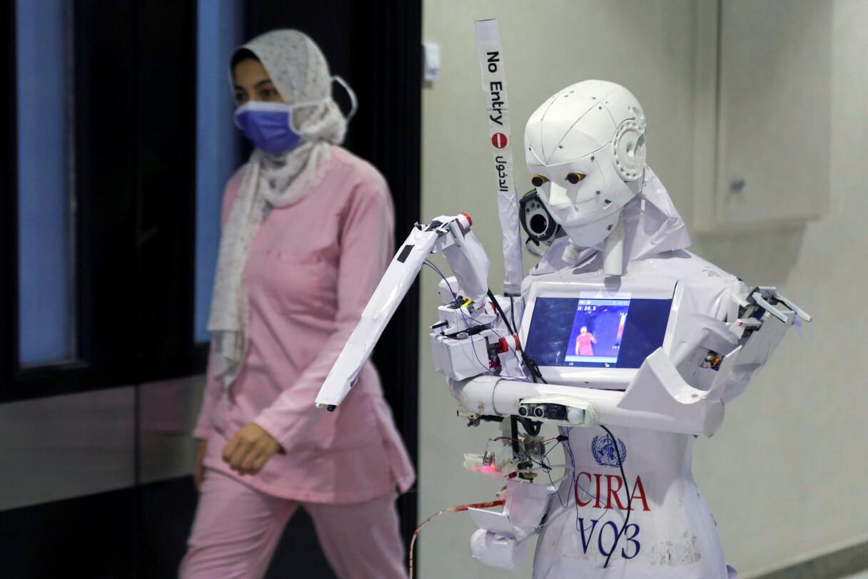 Roboti palīdz noteikt Covid-19 saslimušos