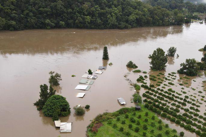Iespaidīgie plūdi Austrālijā: situācija saglabājas dinamiska un ārkārtīgi sarežģīta