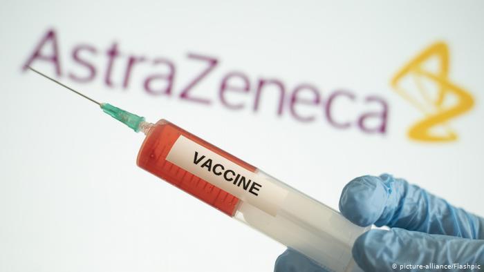 """Covid-19 vakcīnas izstrādātāji """"AstraZeneca"""" brīdina"""