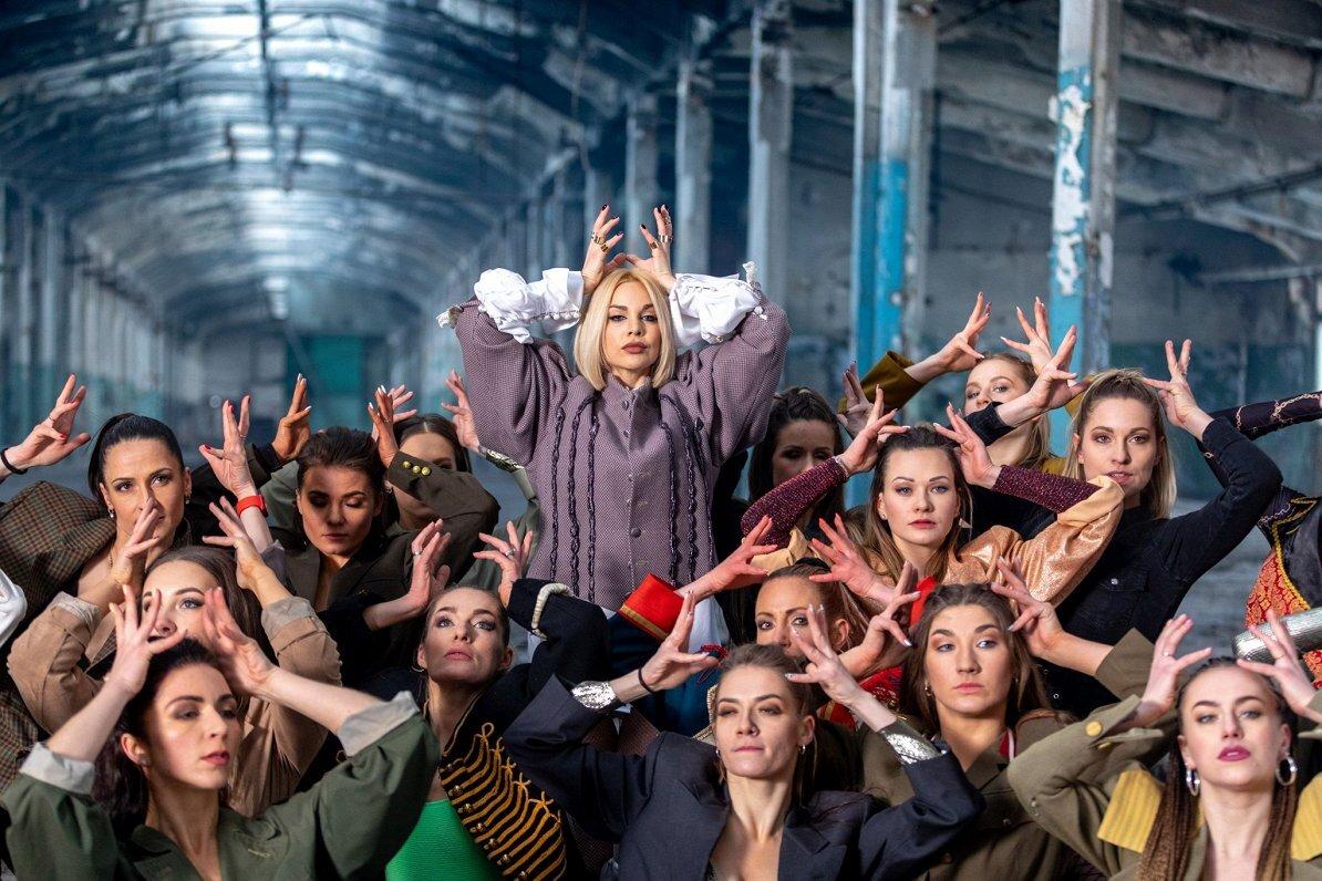 Lūdz atsaukt Samantas Tīnas dalību 2021.gada Eirovīzijas dziesmu konkursā Roterdamā