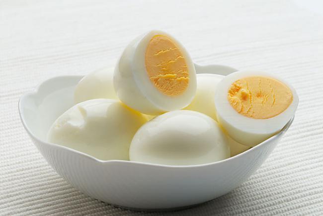 Noderīgas idejas, kā pagatavot neapēstās Lieldienu olas