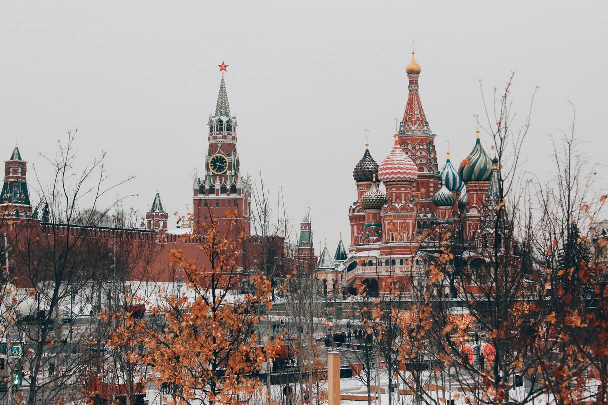 Labāk uz Krieviju nebraukt: tagad iebraucējus var arestēt un tiesāt!