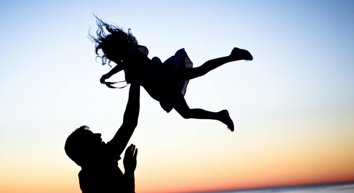 Mamma pameta ģimeni, kad meitai bija 10 gadi. Meitenīte izdarīja, ko pārsteidzošu!