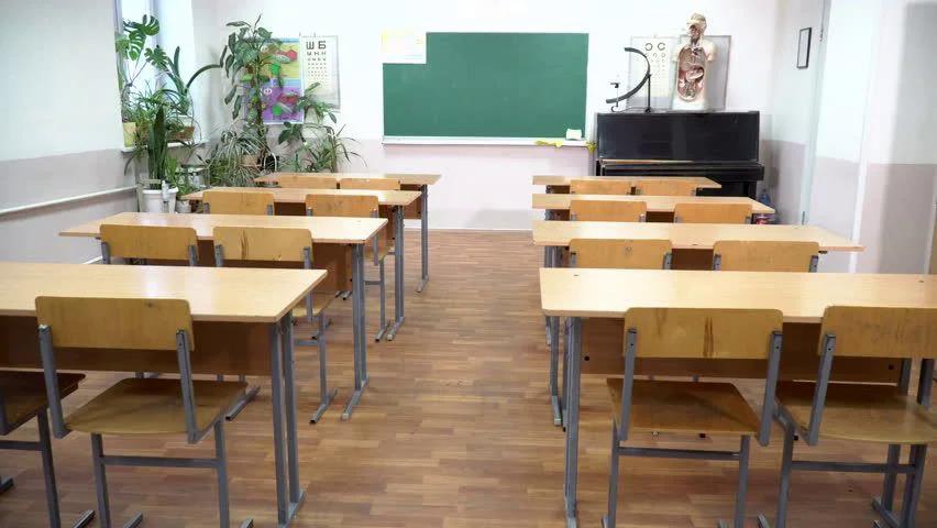 Obligātās vakcinēšanās pret Covid-19 dēļ no darba Ķekavas novadā gatavi aiziet 63 pedagogi