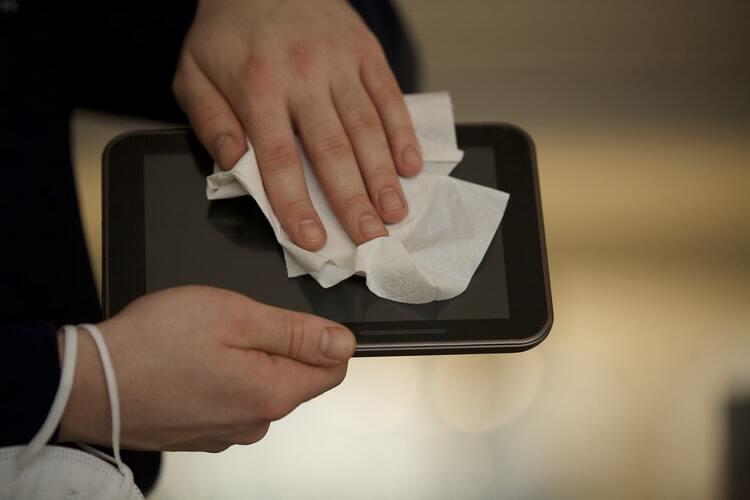 Eksperti brīdina par 3 bīstamām slimībām, kas var izraisīt nākamo pandēmiju