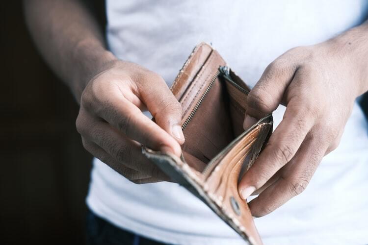 Fontes dati: darbinieku atalgojums aug straujāk nekā prognozēts