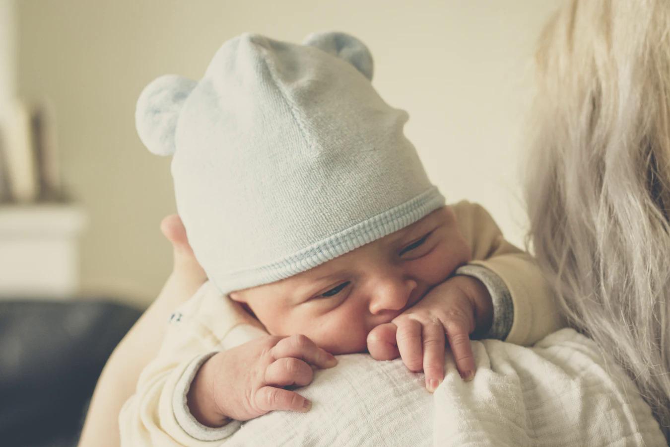Piedzimis bērns, kuram organismā ir antivielas pret SARS-CoV-2
